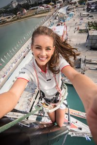 Selfie von Miss World im 100ft-Masttop